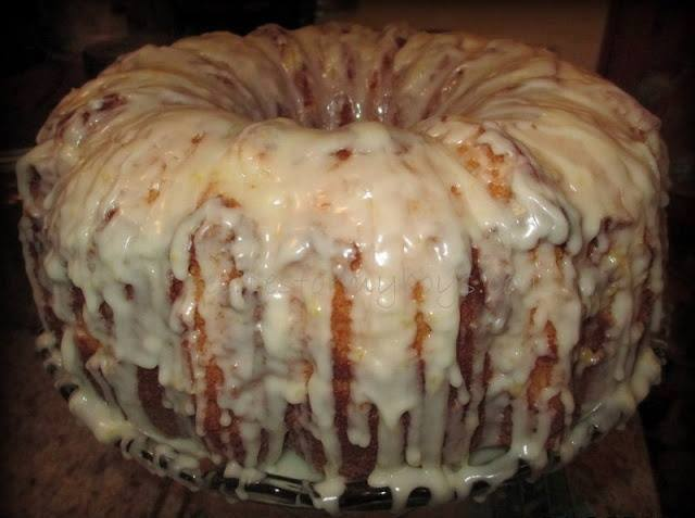 Sour Cream Pound Cake With Rum