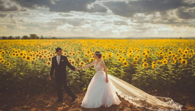 Pulling Off A Summer Texas Hill Country Wedding That Both You and Your Guests Will Love