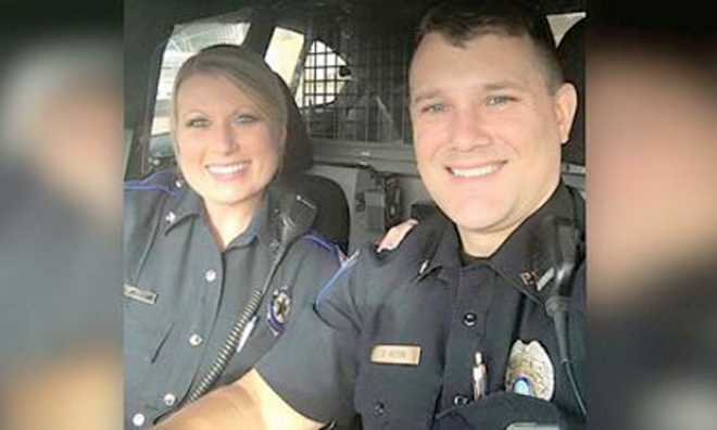 Remarkable Can You Guess Why This Photo Of Texas Police Officers Is Going Viral Short Hairstyles Gunalazisus