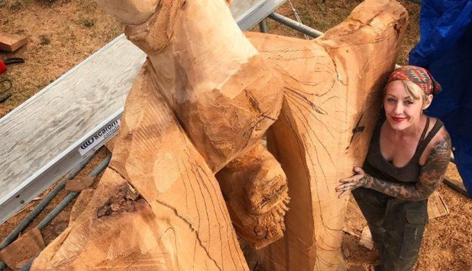 Texas Chainsaw Sculpture Masters: Cutting Edge Art