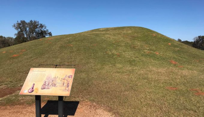 The Truth About these Mysterious Texas Mounds will Fascinate You