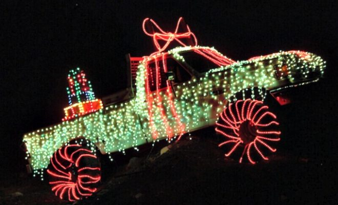Drive Thru Christmas Light Displays.Prepare To Be Dazzled At Santa S Ranch Drive Thru Light Display