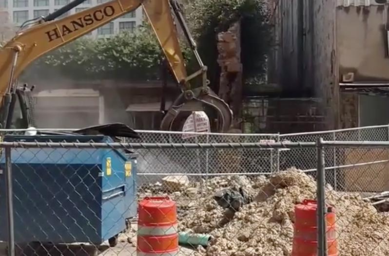 Solo Serve Building Pollutes San Antonio River Walk During