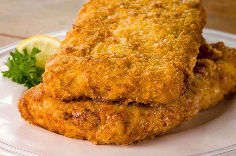 Luby 39 s 39 square fish 39 is swimming into h e b stores for Lubys fried fish