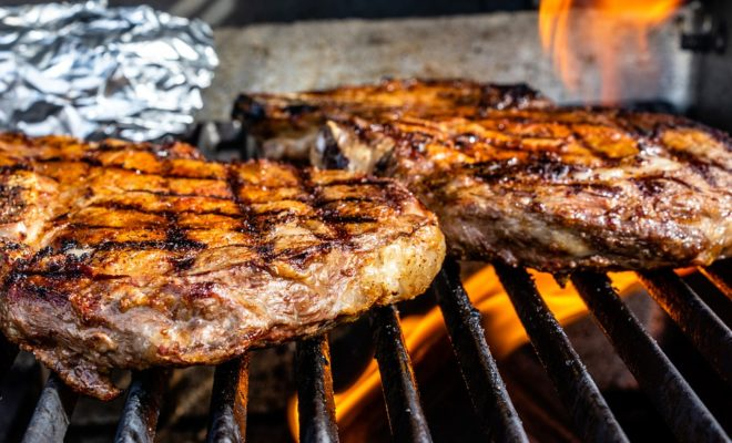 Watch: How to Grill a Good Steak, With Houston Chef Robert Del Grande
