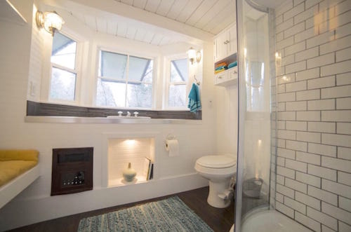Tiny House On Wheels Bathroom