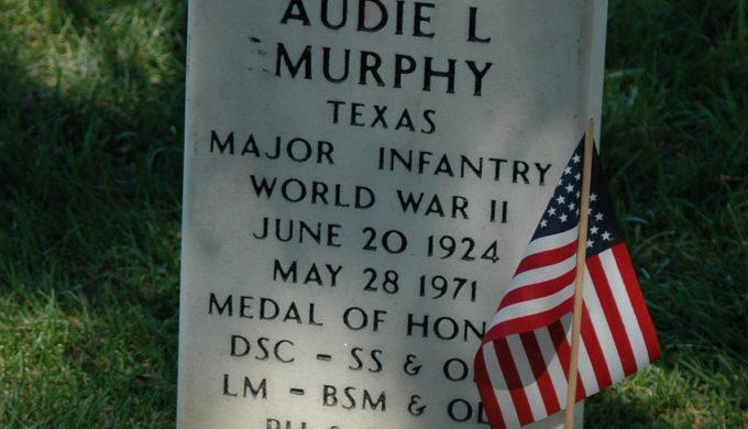 Audie Murphy grave
