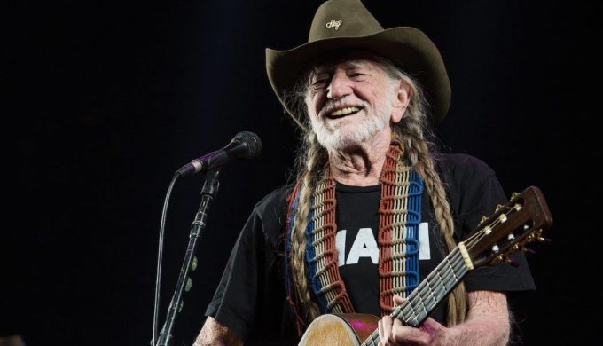 How a Gunfight Earned Willie Nelson his Nickname of Shotgun Willie